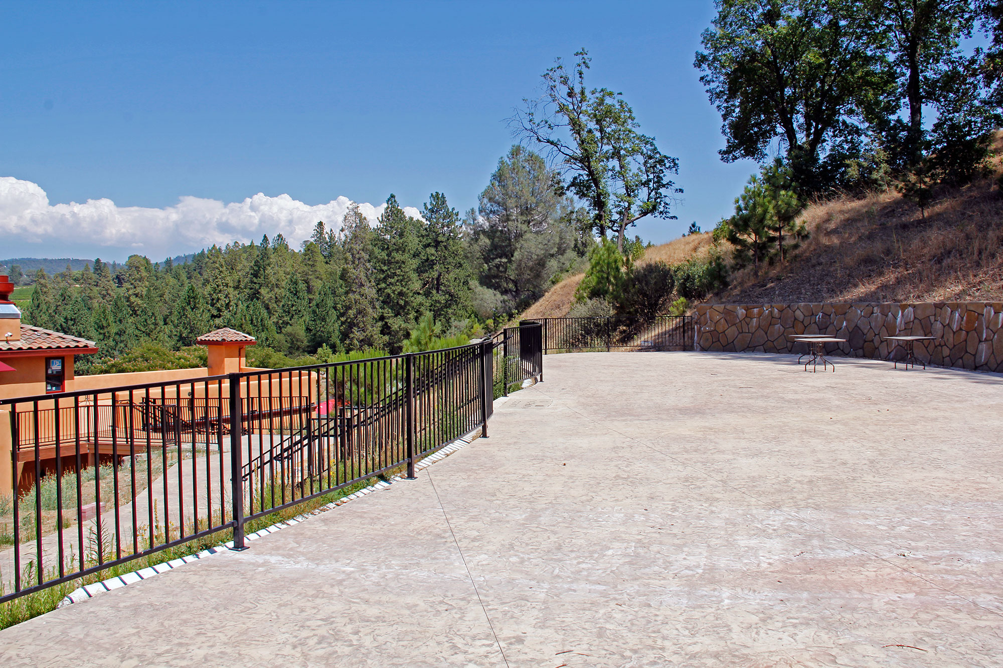 Large event patio, Sierra Foothills Winery, perfect for weddings and concerts